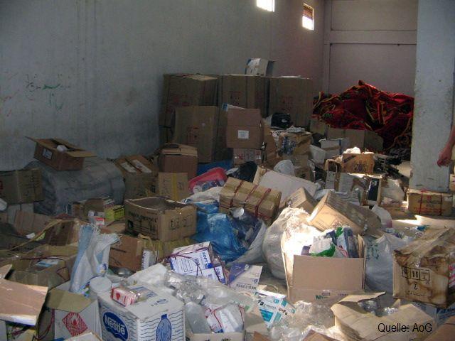 Unbrauchbar: Als Müllhalden können sinnlose Sammlungen von Arzneimittelspenden aus Privathaushalten enden, weil sie für Hilfsprojekte ungeeignet sind.
