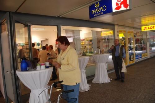 Tag der offenen Tür: Unsere Kunden konnten die umgebaute Apotheke besichtigen und hinter die Kulissen sehen.