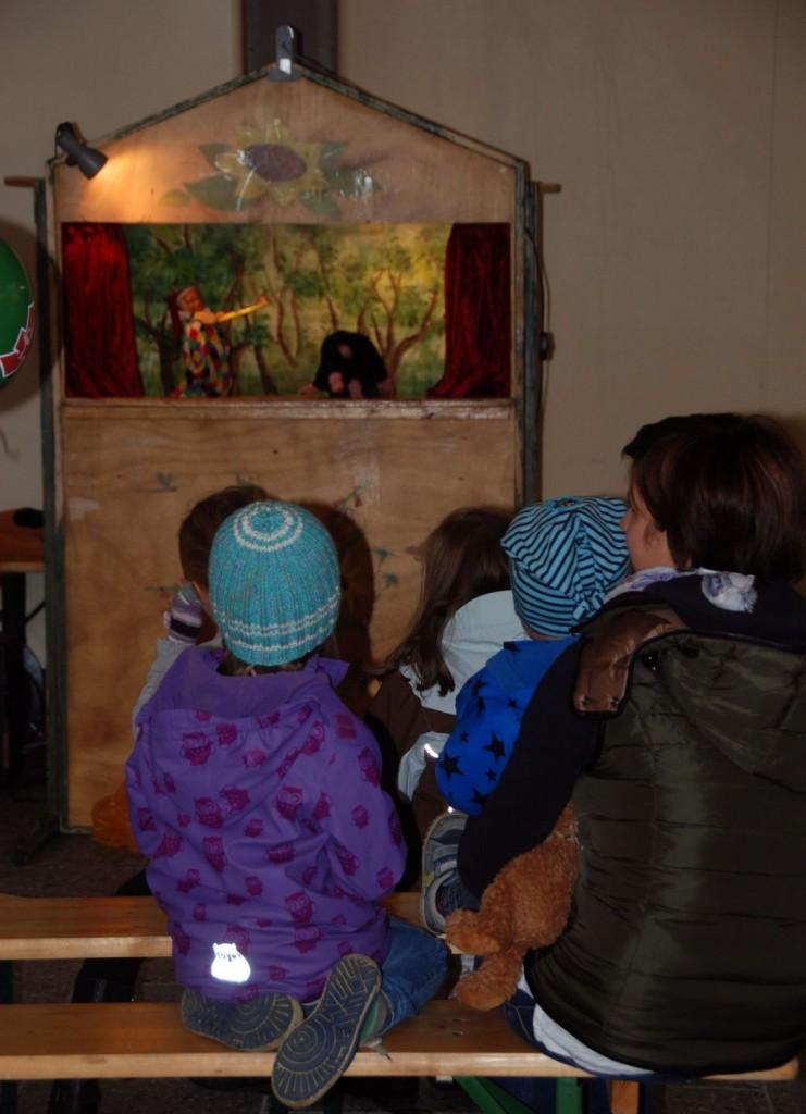 Vielen Dank für den schönen Nachmittag mit dem Kasperl dem Puppentheater Beate Welsch und den kleinen und großen Zuschauern!
